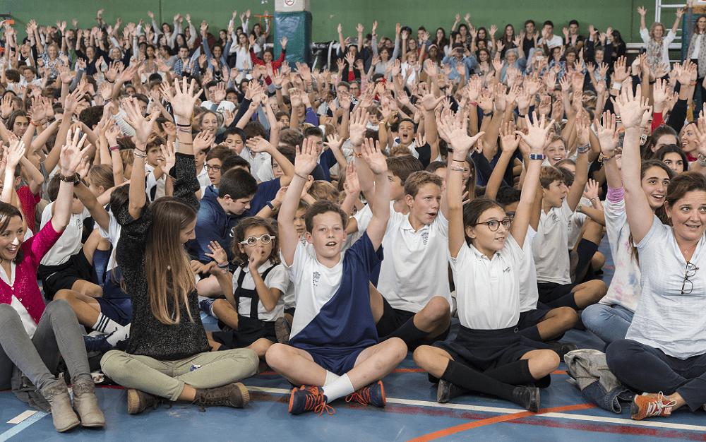 Todo el colegio se reúne en la misa de Mater